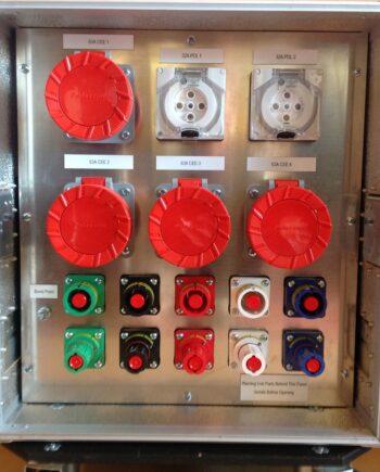 Showtechnix Flight Cased Power Distro No1 500A Powerlock 4 x 63A Ceeform 2 x 32A PDL